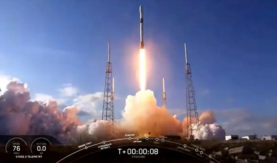 Elon Musks 5G satellite space rocket